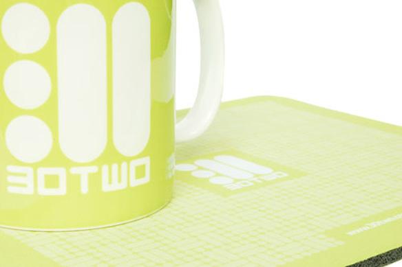 30two-mug
